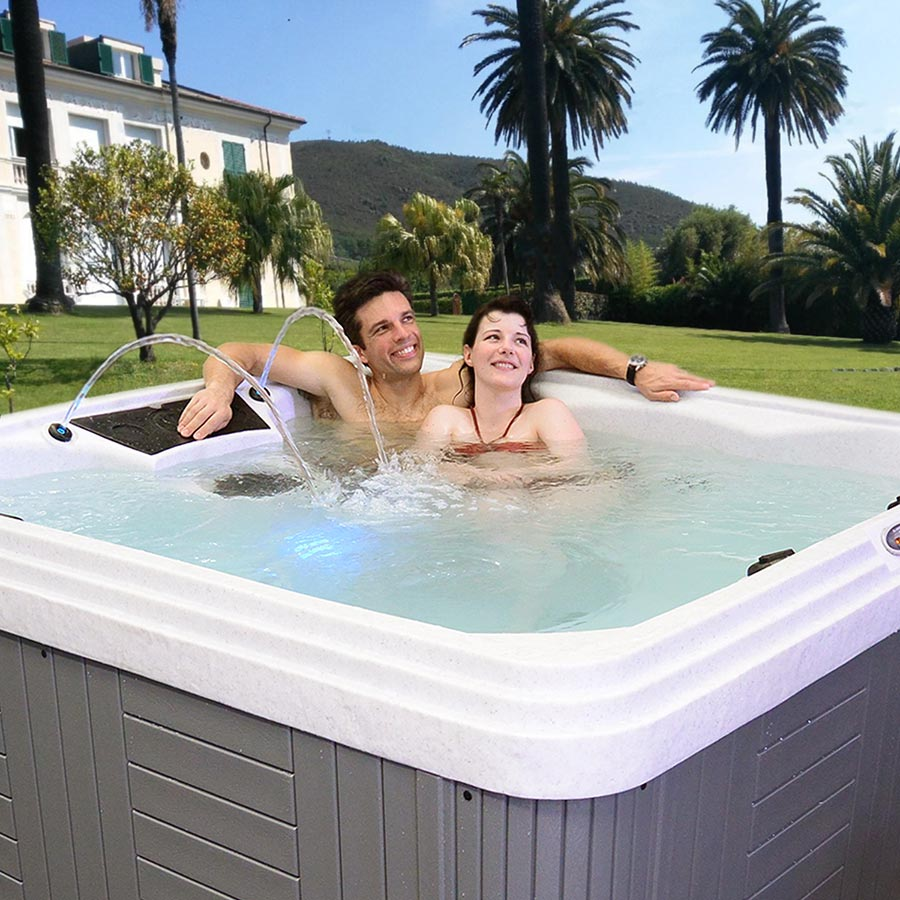 Palm Beach Hot Tub For Your Romantic Spa Time | All American Spa